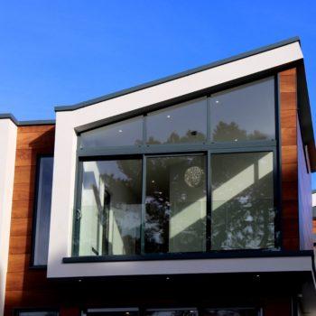 дом с панорамным остеклением 1