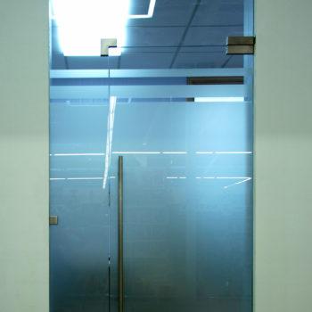 стеклянная входная дверь, 3