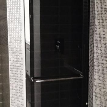 купить черная стеклянная дверь