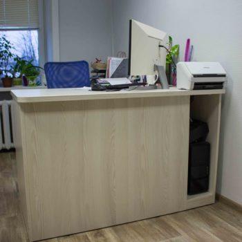 Мебель для рабочего места в офисе 2