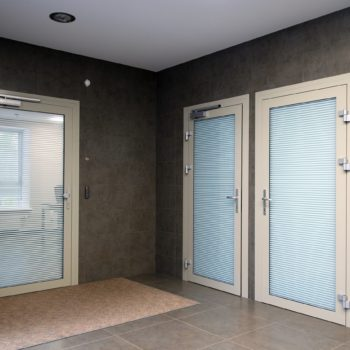 дымонепроницаемые двери