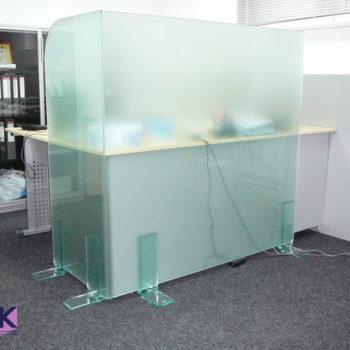 Стеклянные мобильные офисные перегородки